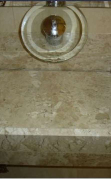 Banheiros em granito e mármore - Foto: 15