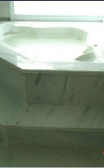 Banheiros em granito e mármore - Foto: 12