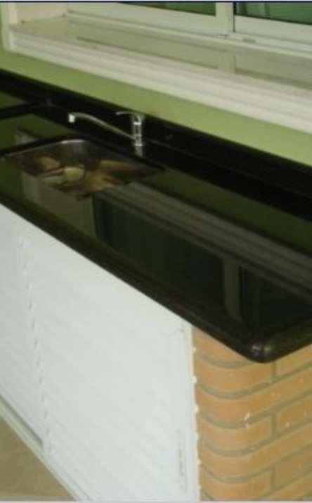 Pias de cozinha em granito e mármore - Foto: 13