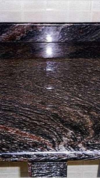 Foto: Balcões em Granito e mármore