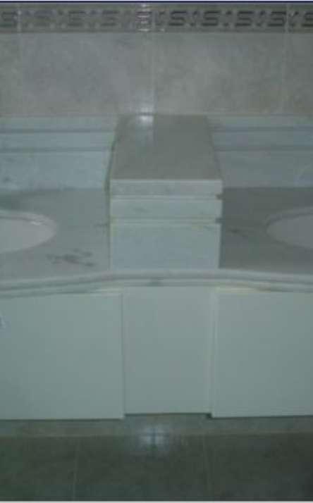 Banheiros em granito e mármore - Foto: 20