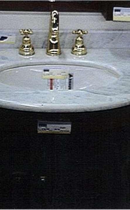 Banheiros em granito e mármore - Foto: 10