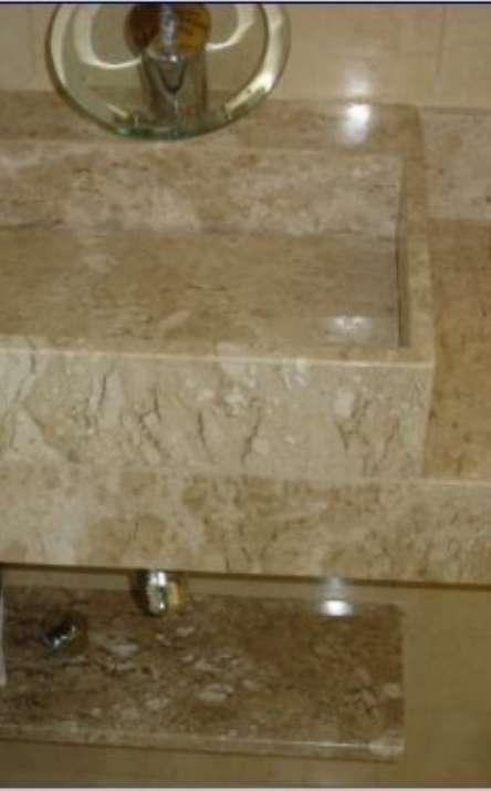 Banheiros em granito e mármore - Foto: 17