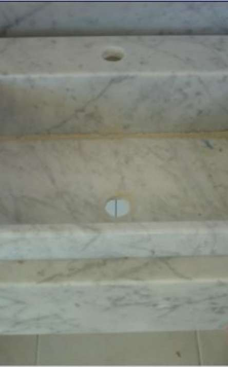 Banheiros em granito e mármore - Foto: 25