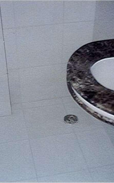 Banheiros em granito e mármore - Foto: 5