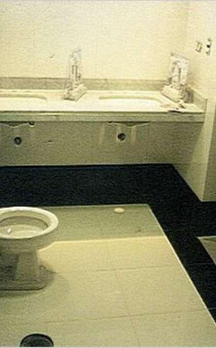 Banheiros em granito e mármore - Foto: 8