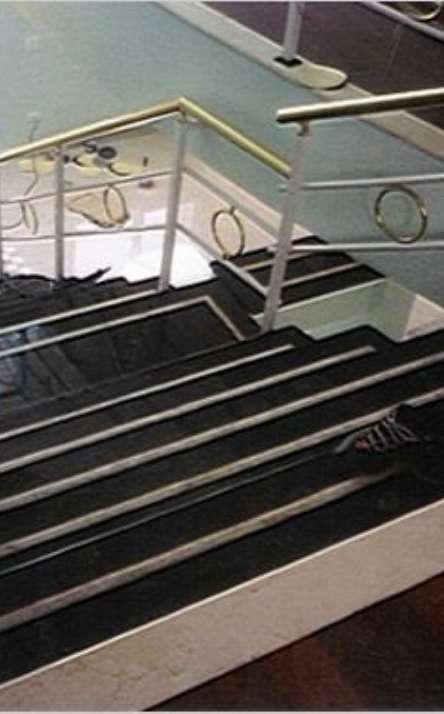 Escadas em mármore e granito - Foto: 1